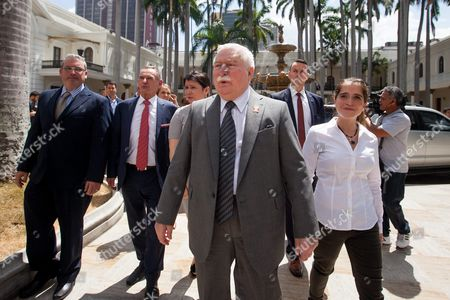Polish Former President Lech Walesa (c) Walks with the Daughter of Opposition Member Antonio Ledezma Antonieta Ledezma (r) on the National Assembly of Venezuela Henry Ramos Allup at the National Assembly of Venezuela in Caracas Venezuela on 18 February 2016 Nobel Peace Prize Winners Lech Walesa (poland) and Oscar Arias (costa Rica) with Mpho Tutu Daughter of South African Bishop Desmond Tutu (south Africa) Visit Venezuela to Support Venezuelan Jailed Opposition Venezuela Caracas