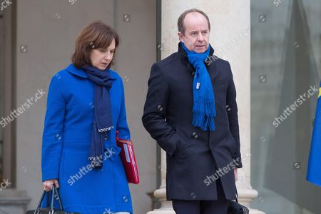 French Justice Minister Jean-Jacques Urvoas (R) and French Minister for Family, Children and Women's Rights Laurence Rossignol (L) leave the Elysee Presidential Palace