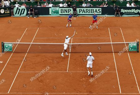 Czech Players Radek Stepanek (back L) and Tomas Berdych (back R) in Action Against Argentinean Players Eduardo Schwank (front L) and Carlos Berlocq (front R) During Their Doubles Match of the Davis Cup Semi Final Between Argentina and the Czech Republic at Parque Roca in Buenos Aires Argentina 15 September 2012 Argentina Buenos Aires