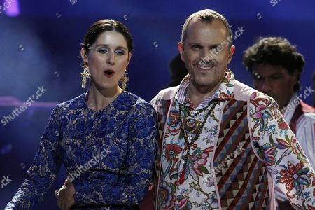 Spanish Singer Miguel Bose (r) Performs with Chilean Singer Francisca Valenzuela (l) During the Third Night of the 54 Edition of Viña Del Mar Music Festival in Viña Del Mar Chile 26 February 2013 Chile Vina Del Mar