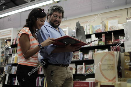 Visitors Look at Books During the Xiii International Book Fair in San Jose Costa Rica Which Opens Its Doors with an Edition Dedicated to Afro-caribbean Culture and with the Nobel Prize Literature Winner Derek Walcott As Special Guest 24 August 2012 in Total 46 Local and International Exhibitors From Countries Such As Guatemala Mexico El Salvador Peru Spain Nicaragua and Caribbean Nations Will Present Their Works Until 02 September 2012 Costa Rica San Jose
