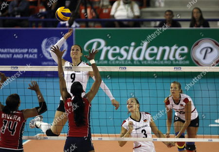 German Players Corina Ssuschke-voigt (c) Denise Hanke (2-r) and Maren Brinker (r) Play Against Rivera (l) and Valdez (2-l) of the Dominican Republic During the Volleyball Grand Prix in Santo Domingo Dominican Republic on 09 June 2012 Dominican Republic Santo Domingo