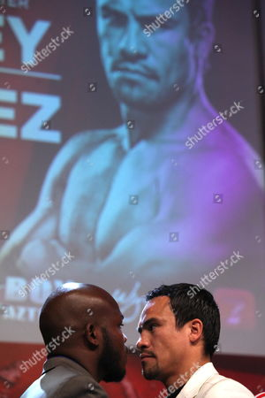 Us Boxer Timothy Bradley Jr (l) Current World Boxing Organization (wbo) Welterweight Champion with Mexican Juan Manuel Marquez (r) Face Each Other During a News Conference in Mexico City Mexico on 21 June 2013 to Launch Their Welterweight Wbo Chmapionship Fight to Be Held at the Thomas & Mack Center in Las Vegas Usa on 12 October 2013 Mexico Mexico City