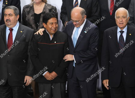 Foreign Ministers of Bolivia David Choquehuanca (2l) of Argentina Hector Timerman (2r) and of Irak Hoshyar Zebari (l) Pose Next to General Secretary of Arab League Nabil Al Araby (2r) During the Foreign Ministers of South America and Arab Countries Meeting in Lima Peru 01 October 2012 Peru Lima