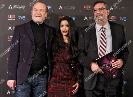 Spanish Actors Lluis Homar (l) and Inma Cuesta (c) Pose with the Chairman of the Spanish Film Academy Enrique Gonzalez Macho (r) During the Announcement of the Nominees of the Spanish Film Academy's Goya Awards in Madrid Spain 10 January 2012 the Cremony of the 26th Goya Awards Will Be Held on 19 February 2012 Spain Madrid