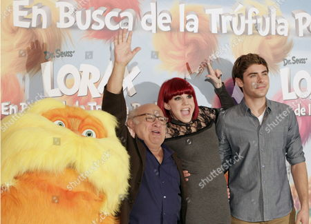 Us Actor and Singer Zac Efron (r) Us Actor Danny De Vito (l) and Spanish Singer and Actress Angy During the Presentation of the Animation Film 'The Lorax' in Madrid Spain 08 March 2012 Spain Madrid