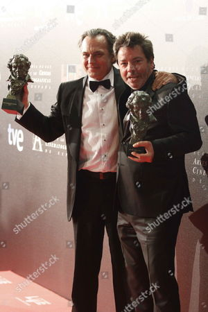 Spanish Actor Jose Coronado and Director Enrique Urbizu (r) Pose with Best Actor and Best Director Awards For the Film 'No Habra Paz Para Los Malvados' (no Rest For the Wicked) During the Ceremony of the 26th Edition of the Spanish Cinema Goya Awards Held at the Congress City Hall in Madrid Spain 19 February 2012 'No Habra Paz Para Los Malvados' Received Best Film Too Spain Madrid