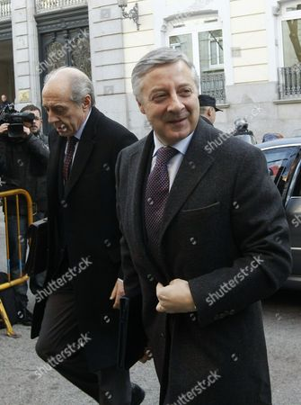 Former Spanish Development Minister and Current Socialist Lawmaker Jose Blanco (r) Arrives at the Supreme Court to Report in the So-called 'Casa Campeon' Corruption Case in Madrid Spain 26 January 2012 the Court is Investigating Charges of Fraud and Influence Peddling Against Blanco Man on Left is not Identified by Source Spain Madrid