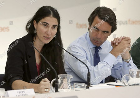 Cuban Dissident Blogger Yoani Sanchez (r) Creator and Writer of the Generation Y Blog Delivers Her Speech 'The Challenge of Freedom' As Spain's Former Prime Minister and President of the Foundation For Social Studies and Analysis (faes) Jose Maria Aznar (r) Looks on During the Summer Campus of Faes in Guadarrama Near Madrid Spain 03 July 2013 Spain Guadarrama