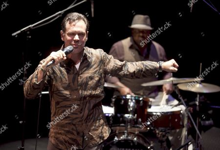 Us Singer Kurt Elling (l) Performs on Stage During His 32th Cordoba´s Guitar Festival Concert at the Grand Theatre in Cordoba Southern Spain on 06 July 2012 Spain Cordoba