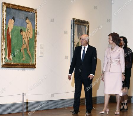 Spanish Queen Sofia (front-r) President of the Foundation of Spanish Bank Bbva Francisco Gonzalez (l) and Spanish Culture Minister Angeles Gonzalez-sinde (back-r) Attend the Official Inauguration of the Exhibition 'The Hermitage at the Prado Museum' in Madrid Central Spain 07 November 2011 Spanish King Couldn't Attend the Event Due to Sickness the Exhibition Runs From 08 November 2011 to 25 March 2012 Spain Madrid