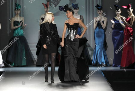 Spanish Designer Maya Hansen (front-l) and Spanish Model Juncal Rivero (front-r) Take the Catwalk After the Hansen's Autumn-winter Collection Fashion Show Held During the 55th Mercedes Benz Fashion Week Madrid Spain 04 February 2012 the Presentation of the Fall-winter 2012 Collections Takes Place From 01 to 05 February Spain Madrid