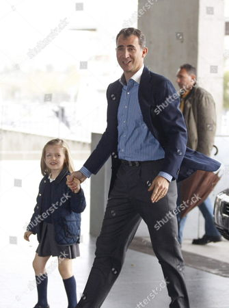 Spain's Crown Prince Felipe (r) and His Daughter Princess Leonor Arrive at Quiron Hospital in Madrid Spain 10 April 2012 to Visit Her Nephew Felipe Juan Froilan Princess Elena's Son Recovers From a Wound on His Right Foot Caused by a Bullet when His Smallbore Shotgun Accidentally Fired when He was Exercising Target Practices at the Courtyard of His Family's Second Home in Soria Northern Spain on 09 April 2012 Spain Madrid