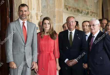 Spanish Crown Prince Felipe (l) and His Wife Princess Letizia (2-l) Extremadura's Regional President Jose Antonio Monago (2-r) and Instituto Cervantes's Director Victor Garcia De La Concha (r) Pose For Photographer Shortly Before Attending a Working Meeting of Board of Directors of Instituto Cervantes at San Francisco Cultural Center in Caceres Western Spain 23 July 2013 Spain Caceres