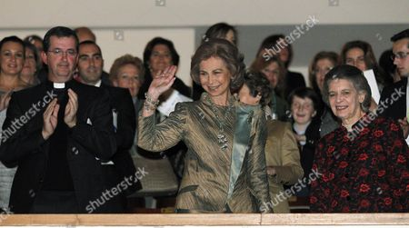 Spanish Queen Sofia (c) Greets As She Arrives For the Concert of the Queen Sofia Chamber Orchestra with Violinist Michael Barenboim Spanish Flamenco Cantaor Juan Pena 'El Lebrijano' and African Group Diarama in Honour of Yehudi Menuhin in Madrid Central Spain 06 November 2012 Spain Madrid