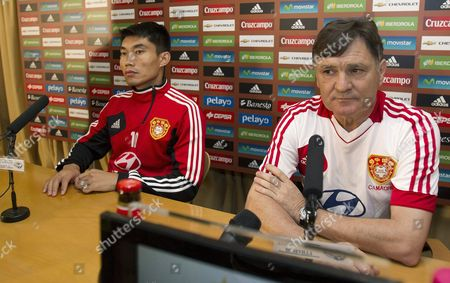 Chinese National Soccer Team's Spanish Head Coach Jose Antonio Camacho (r) Attends a Press Conference in Seville Spain 02 June 2012 China Will Face Spain in an International Friendly Soccer Match on June 03 Spain Seville