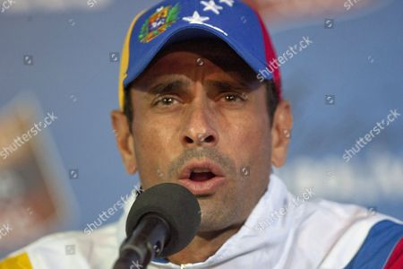Venezuelan Opposition Leader Henrique Capriles Radonski Speaks to International Media at His Simon Bolivar Command Facility in Caracas Venezuela 16 April 2013 Capriles Accuses President-elect Nicolas Maduro of Leading the Country on a Violent Path As He Does not Address the Need of Recounting the Votes of the 14 April Presidential Elections Venezuela Caracas