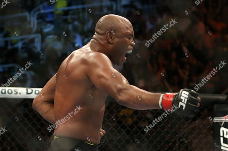 Brazilian Fighter Anderson Silva Celebrates After Defeating Us Stephan Bonnar During a Ufc Mixed Martial Arts Combat at the Arena Hsbc in Rio De Janeiro Brazil 13 October 2012 Brazil Rio De Janeiro