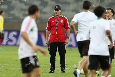 Mexico National Soccer Team's Coach Jose Manuel De La Torre (c) During Their Team Training Session Held at Minas Arena (estadio Mineirao) Stadium in Belo Horizonte Brazil 21 June 2013 Mexico Will Play Japan in Their Fifa Confederations Cup 2013 Soccer Match in Belo Horizonte on 22 June 2013 Brazil Belo Horizonte