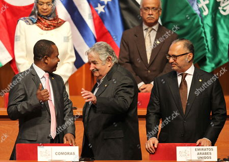 Stock Image of Uruguayan President Jose Mujica (c) Next to Foreign Minister of Uae Anwar Mohammad Gargash (r) and Foreign Minister of Comoras Mohamed Bakri (l) During the 3rd Summit of South America-arab Countries at National Theatre of Lima Peru 02 October 2012 the Summit Began with the Call to Reinforce the Relations Between the Two Regions and Declarations Over the Situation of Countries As Syria and Palestine Peru Lima