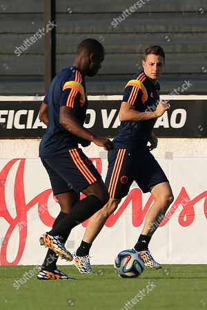 Colombia's National Soccer Team Players Santiago Arias (r) and Eder Alvarez Balanta (l) Participate in a Training Session at Sao Januario Stadium in Rio De Janeiro Brazil 27 June 2014 Colombia Will Face Uruguay on 28 June in the Fifa World Cup 2014 Round of 16 in Rio De Janeiro Brazil Rio De Janeiro