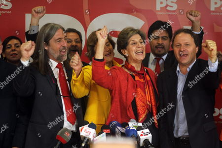 Chilean Senator Isabel Allende (c) Celebrates Accompanied by Senators Juan Pablo Letelier (l) and Alfonso De Urresti (r) and Her Work Team During a Press Conference in Santiago Chile 27 April 2015 Allende was Elected As New President of the Partido Socialista Party Chile Santiago
