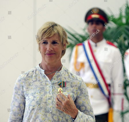 Us Swimmer Diana Nyad Poses For a Photograph During a Press Conference in Havana Cuba 30 August 2014 Cuba Has Awarded Nyad with the Order of Sports Merit One Year After Her Record Crossing From Havana to Key West Coast in Florida Without Shark Protection Cuba La Habana