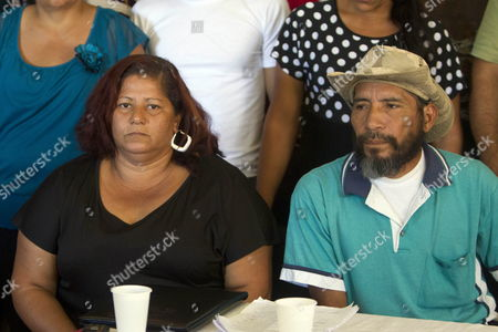 Farmers Florinda Rodriguez (l) and Jose Chavez (r) Participate During a Press Conference in Which Were Denounced Unsolved Crimes That Happened in Hondurean Caribbean in Tegucigalpa Honduras 05 February 2014 at Least 113 Farmers Were Killed by Death Squads During the Term of Former President Porfirio Lobo According to Agrarian Regional Platform of Valle Del Aguan Organization Honduras Tegucigalpa