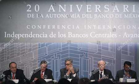 (l-r) the Governor of the Bank of Spain Luis Linde; Governor of the Bank of France Christian Noyer; Former Deputy Governor of the Bank of Mexico Everardo Elizondo; Governor of the Bank of Sweden Stefan Ingves; and Managing Director of the Monetary Authority of Singapore Ravi Menon Participate During the Commemoration of the 20th Anniversary of the Autonomy of the Mexican Central Bank in Mexico City Mexico 14 October 2013 Mexico Mexico City