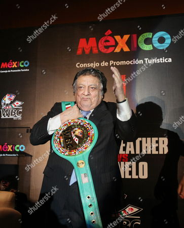Jose Sulaiman President of World Boxing Council (wbc) with a Championship Belt Made with Italian Leather and Gold During a News Conference in Mexico City Mexico on 03 September 2013 the Special Belt Will Be Presented to the Winner of the Wbc Middleweight Title Boxing Match Between Us Floyd Mayweather and Mexican Saul Alvarez on 14 September in Las Vegas Nevada Usa Mexico Mexico City
