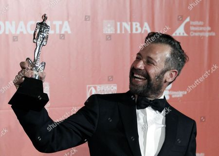 Mexican Actor Juan Manuel Bernal Poses After Winning the Best Actor Award During the 57th Ceremony of the Ariel Awards Considered the Mexican Oscars in Mexico City Mexico 27 May 2015 Mexico Mexico City