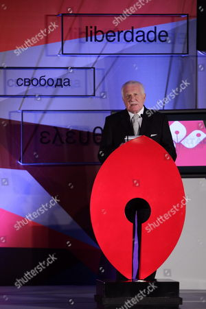 Czech Former President Vaclav Klaus Speaks After Receiving the Recognition Award 'A Life For Freedom' in Mexico City Mexico 28 November 2013 Mexico Mexico City