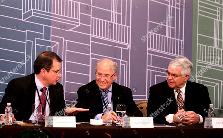 (l-r) Deputy Governor of Bank of Mexico Manuel Ramos President of Jpmorgan Chase International Jacob Frenkel and George P Shultz Senior Fellow in Economics at Stanford University's Hoover Institution John B Taylor Attend a Ceremony to Mark the 20th Anniversary of Central Bank's Government Independence in Mexico City Mexico 14 October 2013 Mexican President Enrique Pena Nieto Said During the Event He Respects the Autonomy of the Central Bank and Highlighted the Bank's Work to Strenghten Financial System in the Country Mexico Mexico City