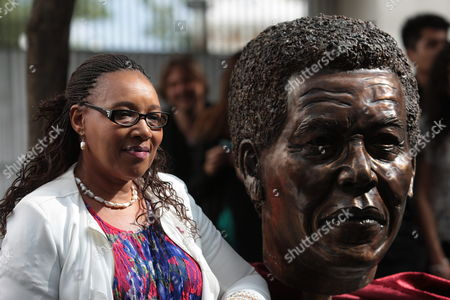 Zenani Mandela Daughter of South African Late Leader Nelson Mandela Poses Next to a Bust of Her Father Outside the Museum of Memory and Tolerance in Mexico City Mexico 03 October 2014 in the Frame of the Exhibition 'The Legacy of Mandela 20 Years of Freedom in South Africa' Which Will Be Open Until Next 12 January 2015 Mexico Mexico City