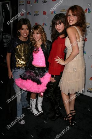 Remy Thorne and Bella Thorne with Kaili Thorne and Dani Thorne