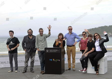 Mexican Actors Lucio Gimenez Cacho (2-r) and Danae Reynaud Romero (4-l) Bolivian Actress Maria Renee Prudencio (r) and Mexican Film Director Fernando Eimbcke (3-l) Pose with Producers During the Presentation of 'Club Sandwich' During the 61st San Sebastian International Film Festival in San Sebastian Spain 25 September 2013 the Movie is Presented in the Official Selection of the Festival Running From 20 to 28 September Spain San Sebastian