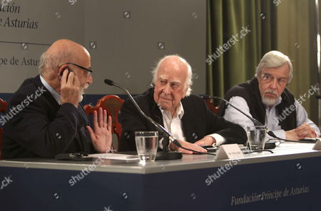 Physicist Peter Higgs (c) Francois Englert (l) and the Director General of the European Organization For Nuclear Research (cern) Rolf Heuer (r) Speak During a Press Conference Held in Oviedo Spain 24 October 2013 Both Physicists and the Cern Have Been Awarded with the Prince of Asturias Award For Technical & Scientific Research and Will Be Attending the Awarding Ceremony on 25 October 2013 Spain Oviedo