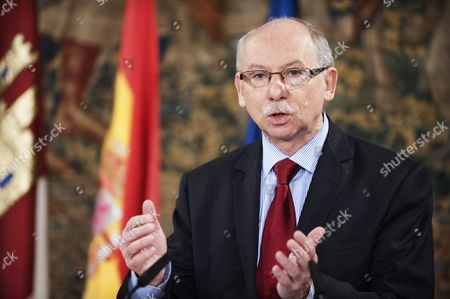 Eu Commissioner For Financial Programming and Budget Janusz Lewandowski Reacts During a Joint Press Conference with Castilla La Mancha's Regional President Maria Dolores De Cospedal (not Pictured) Following Their Meeting in Toledo Spain 15 February 2014 Spain Toledo