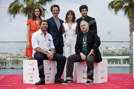 Argentinian Director Alejo Flah (2-l) Poses with Actors Barbara Santa-cruz (l) Ernesto Alterio (3-l) Marta Etura (3-r) Quim Gutierrez (back-r) and Carlos Areces (front-r) During the Photocall of 'Easy Sex Sad Movies' (sexo Facil Peliculas Tristes') Directed by Argentinian Alejo Flah at the 18th Malaga Film Festival in Malaga Spain 22 April 2015 the Festival Runs From 17 to 26 April Spain Malaga