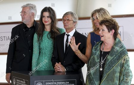 Danish Director Bille August (c) Poses with Compatriot Actors Morten Grunwald (l) Danica Curcic (2-l) Paprika Steen (2-r) and Guita Norby (r) After the Presentation of Their Movie 'Stille Hjerte' (silent Heart) at the 62nd San Sebastian International Film Festival in San Sebastian Spain 20 September 2014 the Festival Will Run Until 27 September Spain San Sebastian