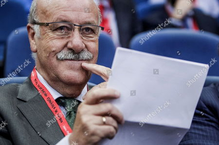 Spanish National Soccer Team Coach Vicente Del Bosque During a Ceremony where a T-shirt of the Spanish National Team with the Name and the Image of Late Coach and Former Soccer Player Luis Aragones Has Been Put on a Wall As a Homage at Las Rozas Soccer City in Madrid Spain 19 May 2014 Spain Madrid