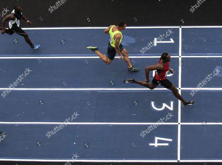 World Champion and Jamaican Athlete Usain Bolt (r) Usa's Ryan Bailey (c) and the Brazil's Jose Carlos Gomes (l) Compete in the Challenge 'Mano a Mano' in Rio De Janeiro Brazil 19 April 2015 Brazil Rio De Janeiro