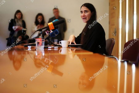 Stock Photo of Cuban Journalist and Blogger Yoani Sanchez (r) Adresses a Press Conference in Santiago De Chile Chile 22 April 2015 in Her First Visit to Chile She Will Gather with Young Students From the Aldolfo Ibanez University to Tell Her Experience About what is Like to Live in Cuba and How She Thinks Cuba Will Change After the Opening with the United States Chile Santiago De Chile