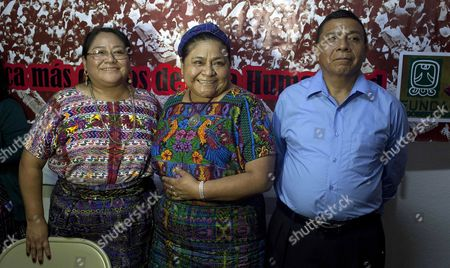 Rigoberta Menchu (c) 1992 Nobel Peace Prize Poses Next to Her Sister Ana (l) and Brother Nicolßs (r) During a Press Conference at the Foundation Rigoberta Mench· Tum in Guatemala City Guatemala 30 September 2014 the Trial For the Massacre of 37 People Among Them Three Spanish Citizens on 31 January 1980 at the Embassy of Spain in Guatemala Will Begin on 01 October 2014 Announced Mench· Whose Father Vicente Mench· Died in the Massacre Menchu Will Be a Plaintiff at the Trial Guatemala Guatemala City
