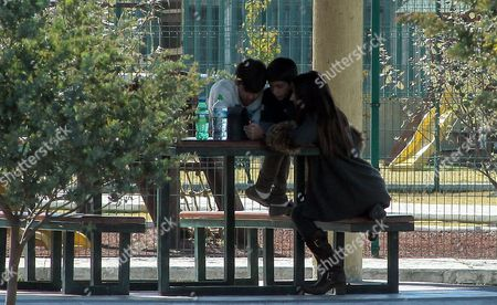 French Citizen Maude Versini Former Wife of Governor of the State of Mexico Arturo Montiel (1999-2005) Spends Time with Her Three Children Adrißn Alexi and Sof?a (not in Picture) at a Park in the City of Toluca Mexico 21 December 2014 After They Were Separated For Three Years Due to Legal Obstacles Versini Has Denounced on Repeated Occasions That Montiel Did not Let Her See Their Three Children Montiel and Versini Were Married During the Years 2002 to 2008 Mexico Toluica