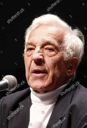 London's Philharmonic Orchestra Director Russian Born Pianist Vladimir Ashkenazy Talks During a Press Conference Prior to Two Concerts at the National Center of Fine Arts and National Auditorium in Mexico City Mexico 08 September 2014 Mexico Mexico City