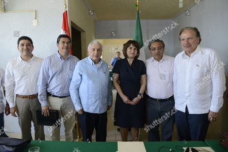From Left to Right Tabasco's Economy and Tourims Development Secretary David Rodriguez; Mexico's Secretary of Communications and Transport Jose Antonio De La Vega Tabasco's Governor Arturo Nunez; Dutch Foreign Trade and Development Cooperation Minister Lilianne Ploumen; Centla Municipal President Ram?n Hernßndez Netherlands Ambassador in Mexico Hendrink Adolph Hogewoning Pose During Their Visit to the Harbor Frontera to Get to Know Better the Development Project of the Harbor by Dutch Company Arcadis in Tabasco Mexico on 14 April 2014 Mexico Tabasco