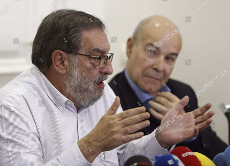 Stock Image of Spanish Producer and Former Chairman of the Spanish Cinema Academy Enrique Gonzalez Macho (l) and Appointed Acting Chairman Until the Election Spanish Actor Antonio Resines (r) Addresses the Media During a Press Conference Explaining the Reasons For His Resignation to the Post in Madrid Spain 20 February 2013 Antonio Resines Has No Intention to Run For the Post As He Declared on 19 Februay Spain Madrid