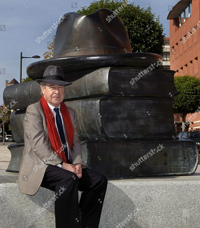 Irish Writer John Banville Poses For the Media After a Conference at Oviedo University in Oviedo Asturias Northern Spain 23 October 2014 Banville is in the Spanish City to Receive the 2014 Prince of Asturias Award For Literature During a Ceremony That Will Take Place on 24 October Spain Oviedo