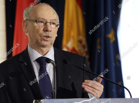 European Commissioner For Financial Programming and the Budget Janusz Lewandowski Delivers a Speech During a Forum Europa Meeting in Madrid Spain 14 February 2014 Spain Madrid